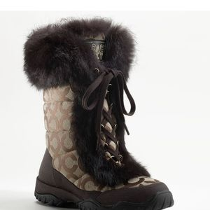Snow boots coach
